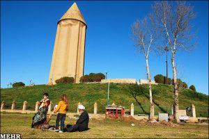 b_300_300_16777215_00_images_Gonbad-Kavous_Borj-Ghaboos.jpg01.jpg