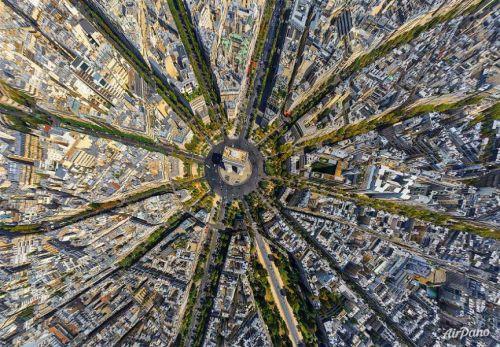 Paris France 2 E
