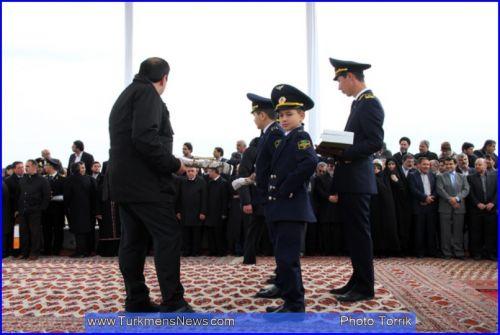 b_500_500_16777215_00_images_Turkmenistan_DemirYul_Eftetahie_2.jpg